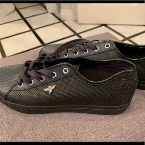 Men's size 10 black Creative Rec Shoes